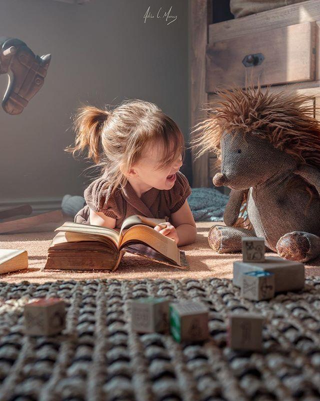 Menciptakan Kebiasaan Gemar Membaca Buku Pada Anak